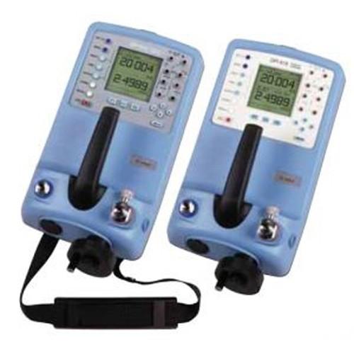 저압 측정/발생 현장용 교정기
